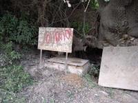 20.06.2009.- Imatge del rètol al lloc on estava la font.