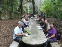 13_ Esmorzar a la font Nova de Can Catà.JPG