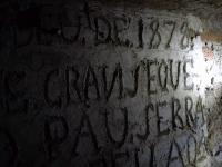 Imatge de la inscripció de la paret interior.