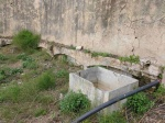 29.02.2020. Conducció de l'aigua. Abans era conduïda per una canal encastada a la paret i ara per una canonada.