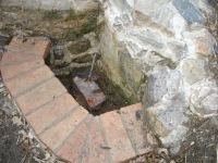 06.02.2011. Imatge del tub i la pica.