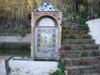 Imatge de la fornícula i del mosaic.