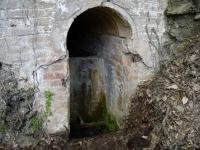 08.07.2008. Entrada a la mina i frontal de la font.
