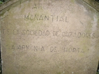 Imatge de la inscripció que hi ha a la paret de la caseta.