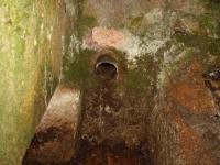 Imatge del tub de sortida del dipòsit.